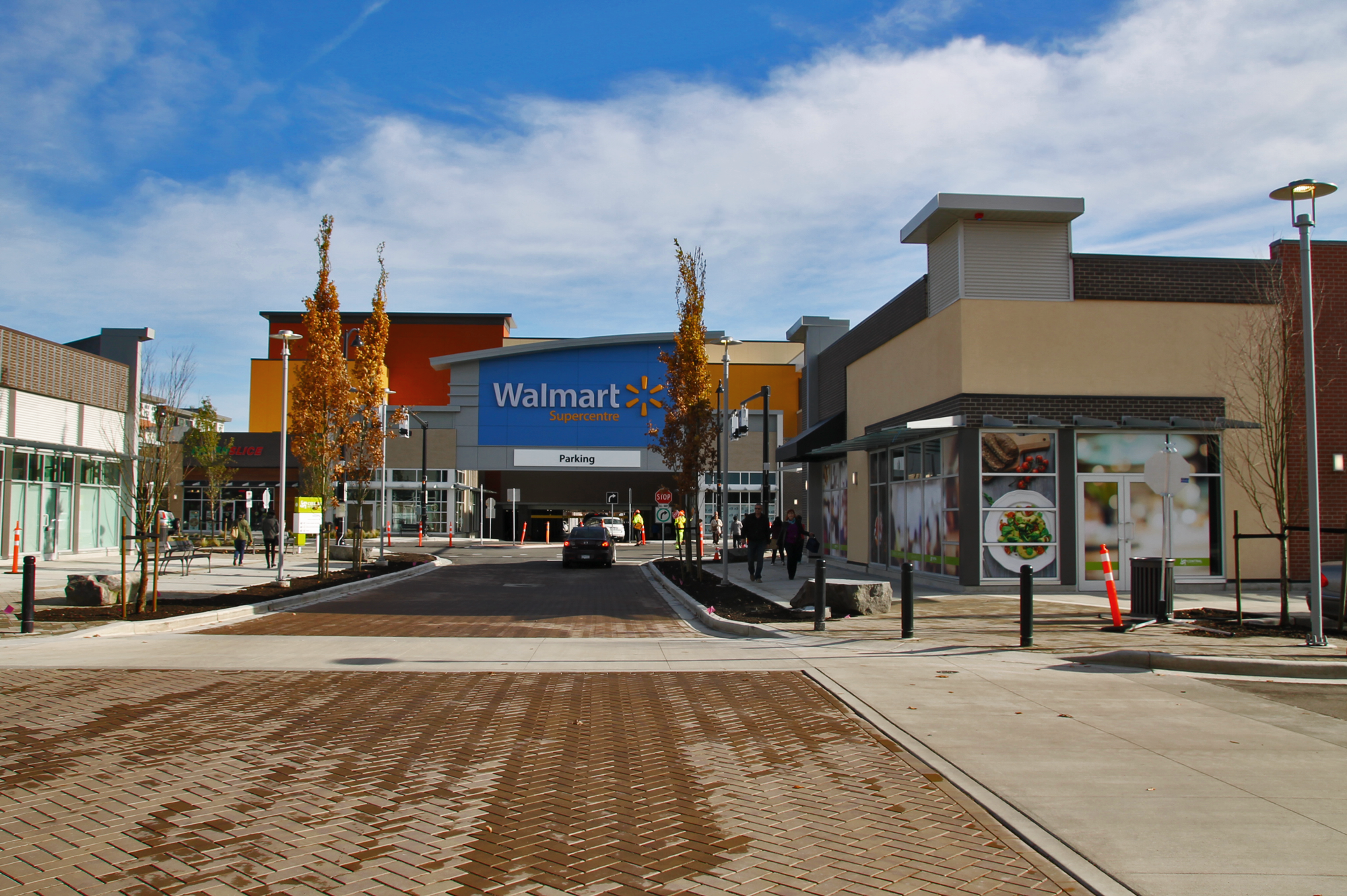 Central at Garden City – Walmart Entrance