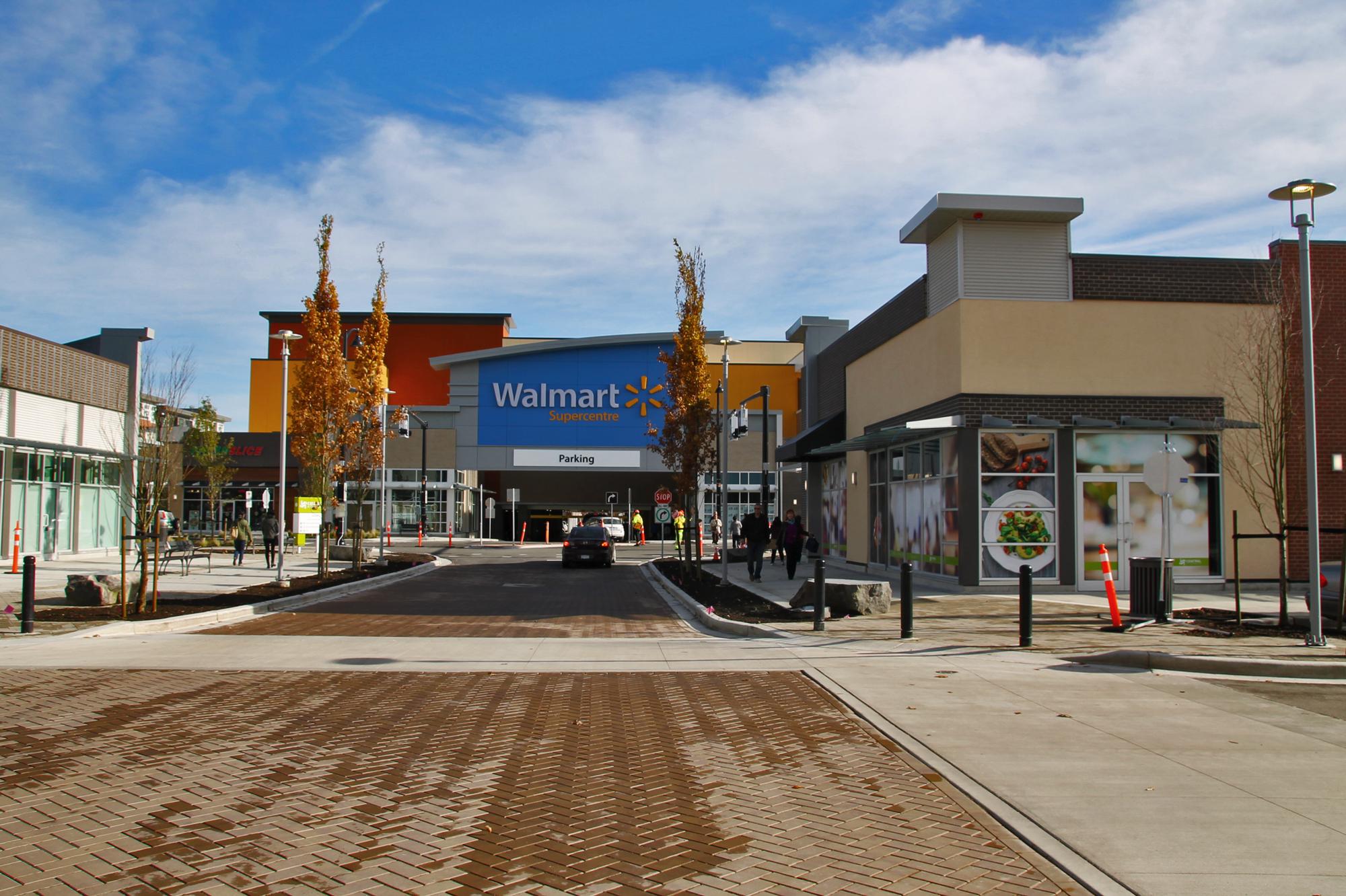 Central at Garden City – Walmart Entrance